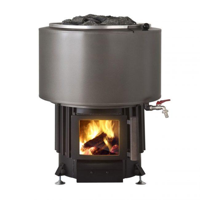 Металлическая дровяная печь с чугунным баком