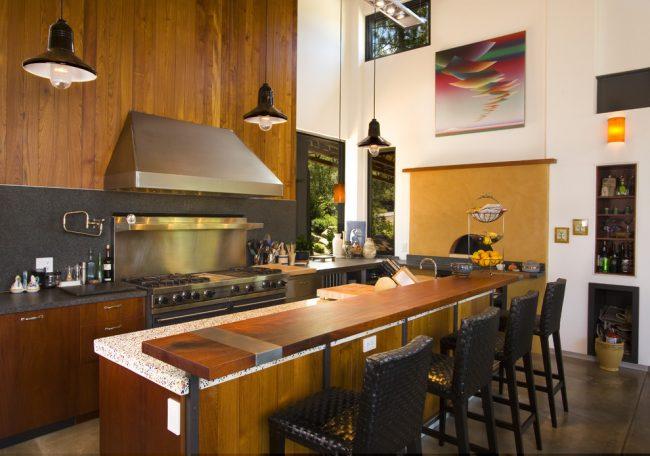 Печь голландка будет удобной, экономной и эргономичной как на даче или в коттедже, так и в бане
