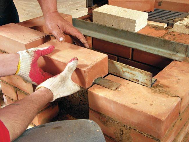 Печь голландку можно построить своими руками