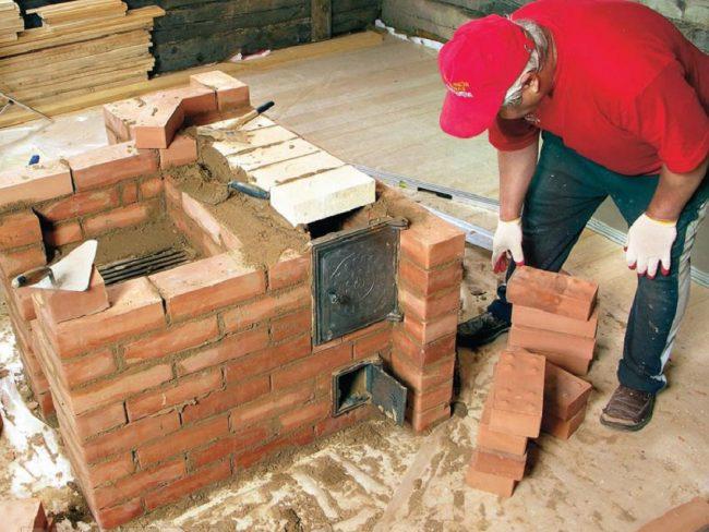 Для постройки печи необходимо использовать жаростойкий кирпич