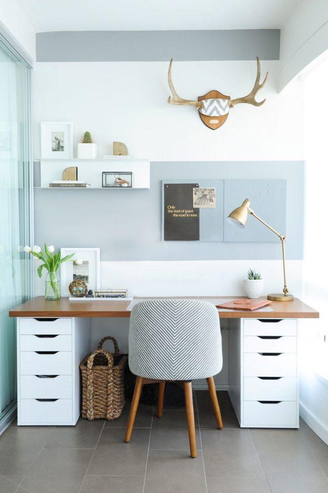 Письменный стол от IKEA со столешницей из массива