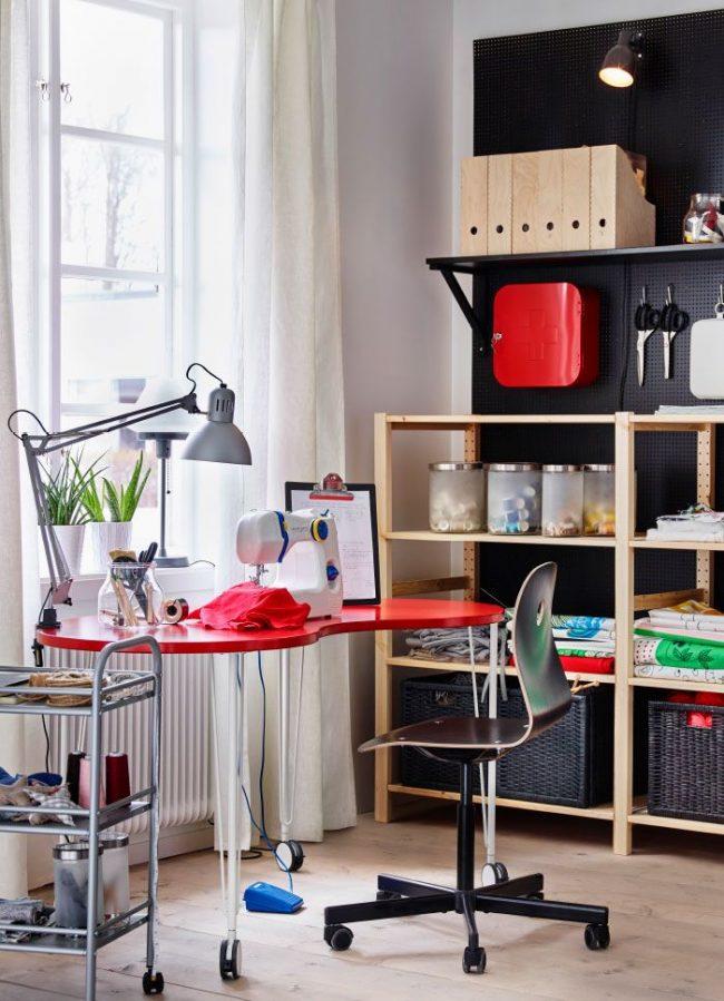 Письменный стол IKEA, Хисмон