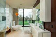 Фото 6 Смеситель с душем для ванной с длинным изливом: как установить и обзор наиболее практичных вариантов