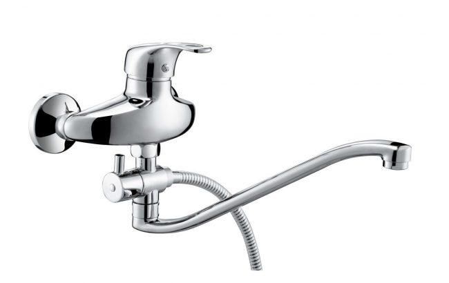 Смеситель KorDi для ванны/душа с длинным изящным изливом