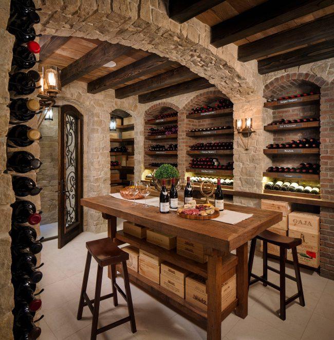 Если вы любите выращивать виноград и делать из него вино, значит, вам не обойтись без винного погреба