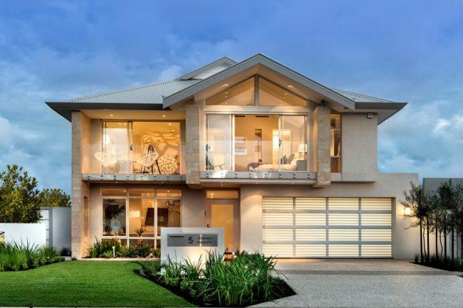 Красивый двухэтажный дом с большим гаражом