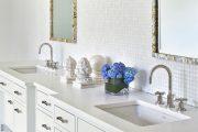 Фото 8 Белая мозаика в ванной комнате: 80+ интерьерных воплощений цветового пуризма и чистоты