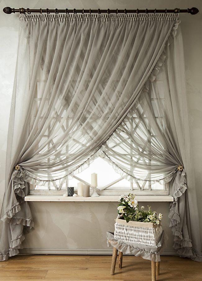 Шторы из вуали с рюшами – романтика и нежность в интерьере