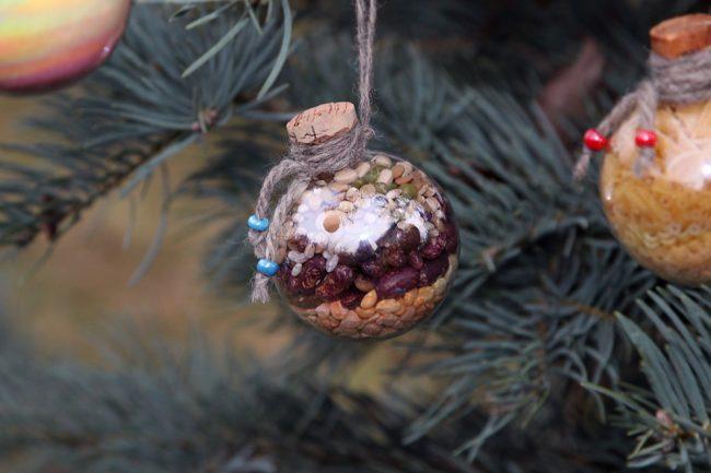 Необычные новогодние шары, которые можно самостоятельно наполнить чем угодно