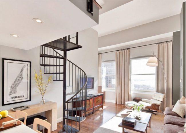 Старую квартиру с высокими потолками можно перестроить на двухуровневую