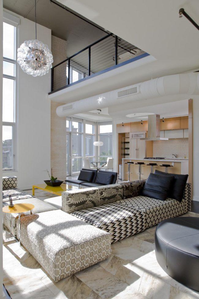 Панорамные окна на два этажа помогут сэкономить на пользовании электроэнергией