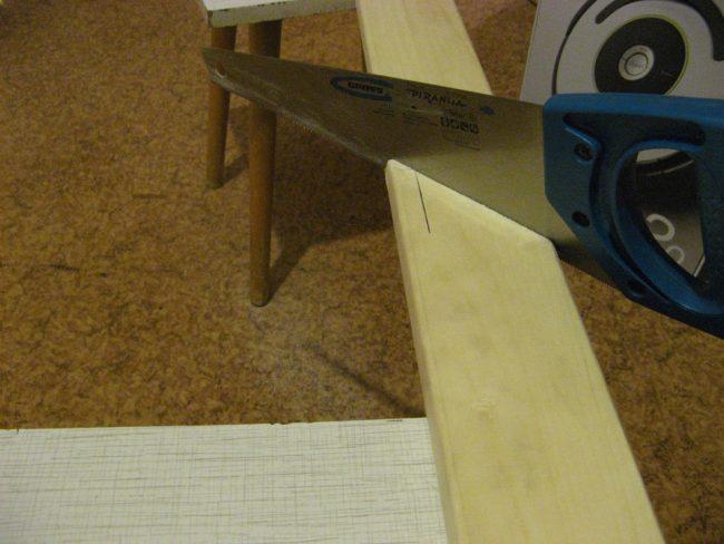 Подготовка дерева для создания рамы к зеркалу
