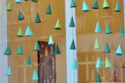 Фото 33 Как украсить кабинет к Новому году 2021: создаем стильное праздничное рабочее место