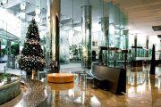 Фото 9 Как украсить кабинет к Новому году 2021: создаем стильное праздничное рабочее место