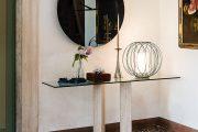Фото 43 Консоль для гостиной: секреты выбора и 70 роскошных реализаций в интерьере