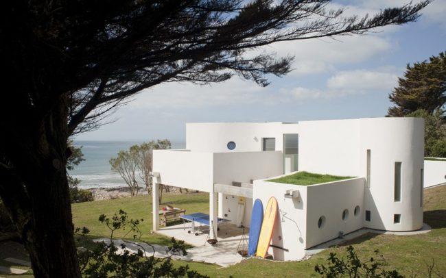 Дизайнерский сложный проект загородного дома