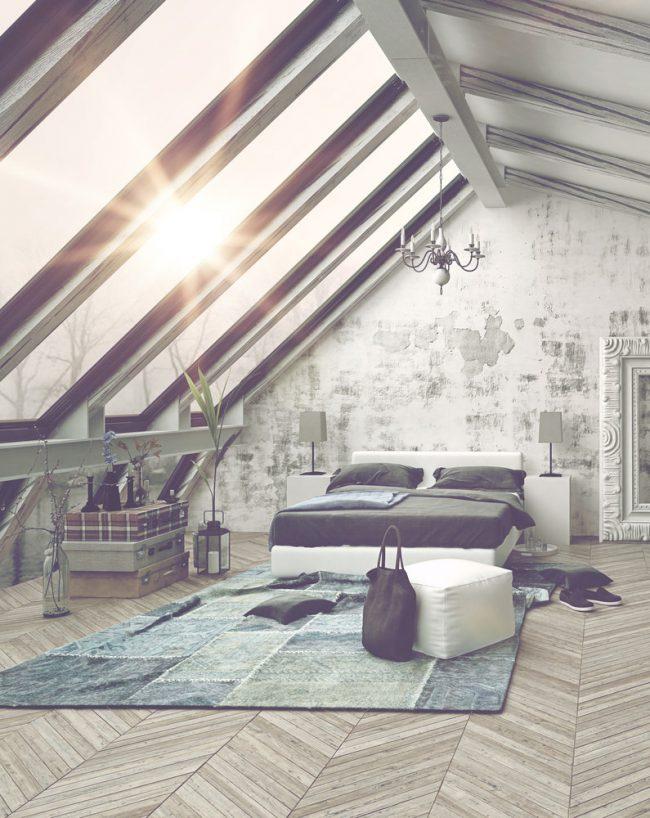 Спальня на мансардном этаже с панорамными окнами