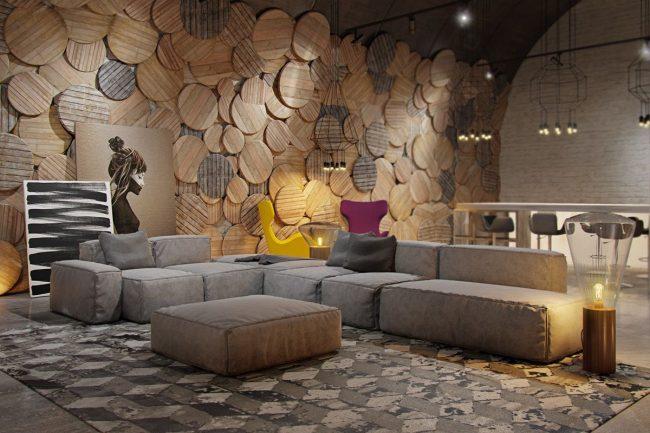 Теплый минималистический интерьер гостиной в коттедже
