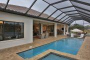 Фото 27 Навесы для бассейна из поликарбоната: 75+ решений для полноценного отдыха и релаксации