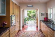 Фото 22 Перенос кухни в коридор: обзор дизайнерских вариантов перепланировки дома
