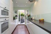 Фото 27 Перенос кухни в коридор: обзор дизайнерских вариантов перепланировки дома