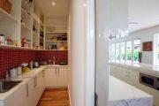 Фото 31 Перенос кухни в коридор: обзор дизайнерских вариантов перепланировки дома
