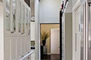 Фото 55 Перенос кухни в коридор: обзор дизайнерских вариантов перепланировки дома
