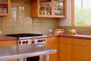 Фото 41 Стеклянная плитка для кухни и ванной: как придать интерьеру легкости и невесомости
