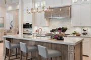 Фото 66 Стеклянная плитка для кухни и ванной: как придать интерьеру легкости и невесомости