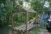 Фото 22 Поленница для дров: виды конструкций и 70 практичных вариантов для частного дома
