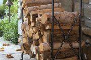 Фото 33 Поленница для дров: виды конструкций и 70 практичных вариантов для частного дома