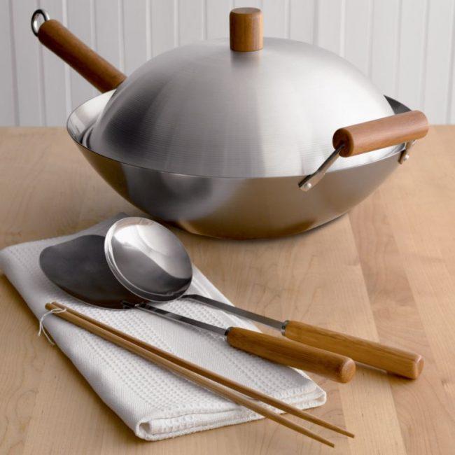 Посуда из нержавейки долго прослужит вам в хозяйстве