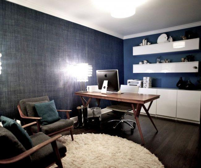 Выбор нейтрального синего цвета для кабинета - правильное решение