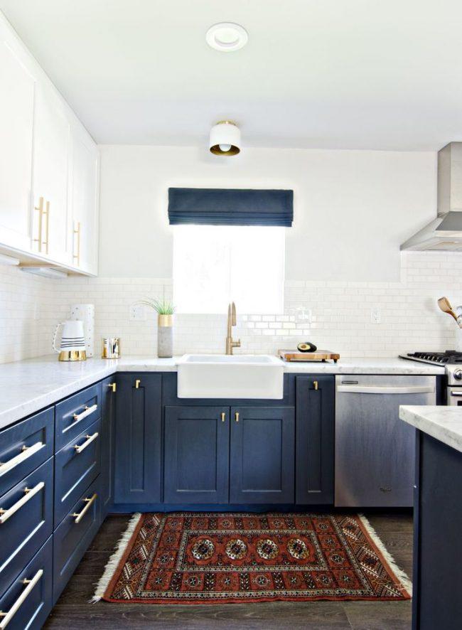 В интерьерах в скандинавском стиле синий занимает достаточно важное место и считается одним из основных цветов данного стиля