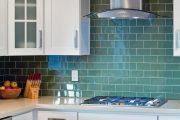 Фото 8 Синие кухни (100 идей): создаем современный и аристократичный интерьер в холодной цветовой гамме