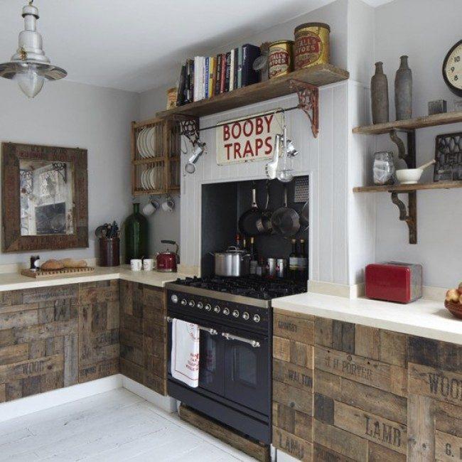 Кухонный фасад из старой доски, который умельцы смогут сотворить своими руками