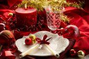 Фото 8 Идеи и советы от мастеров сервировки: как гармонично украсить стол на Новый год 2019