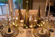 Фото 24 Идеи и советы от мастеров сервировки: как гармонично украсить стол на Новый год 2019