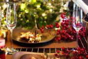 Фото 40 Идеи и советы от мастеров сервировки: как гармонично украсить стол на Новый год 2019
