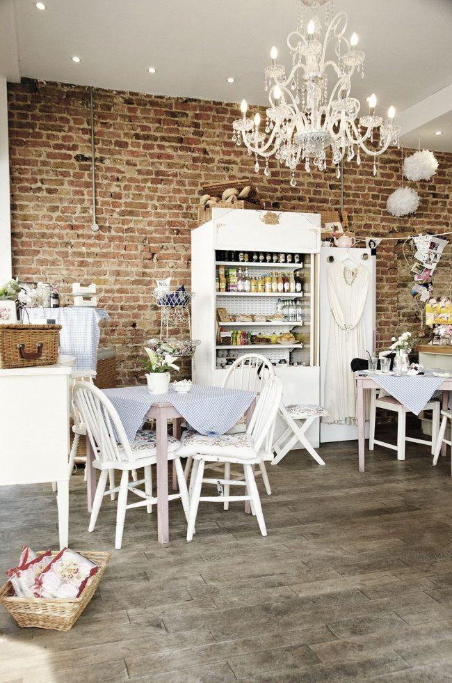 Красивый прованс в оформлении кофейни