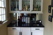 Фото 10 Домашний мини-бар: 80 лучших интерьерных идей для создания небольшой винотеки