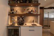 Фото 35 Домашний мини-бар: 80 лучших интерьерных идей для создания небольшой винотеки