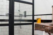 Фото 18 Двери в стиле лофт: эстетика индастриала и нечто большее, чем просто вход
