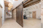 Фото 35 Двери в стиле лофт: эстетика индастриала и нечто большее, чем просто вход