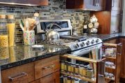 Фото 31 Хранение специй на кухне: 75+ функциональных идей для тех, кто привык к бескомпромиссному порядку