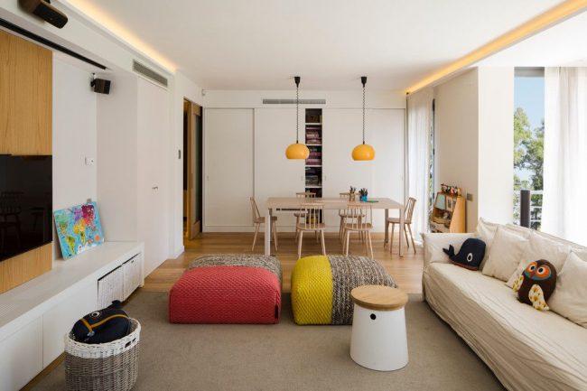Подвесной потолок с подсветкой увеличивает высоту потолка