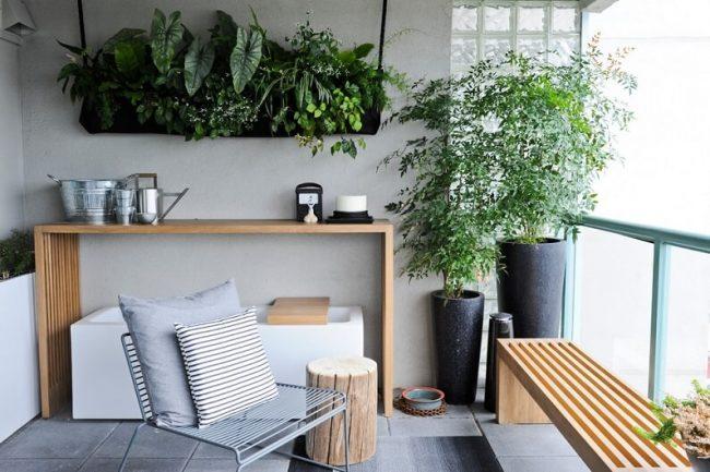 Обилие зелени в современном интерьере