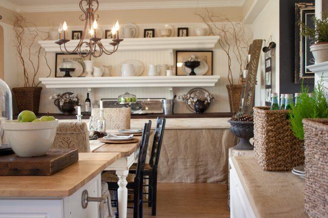 Мешковина в интерьере - это прекрасный материал для декорирования
