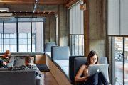 Фото 3 Подоконник-диван: 80 комфортных идей, которые способны преобразить любой интерьер
