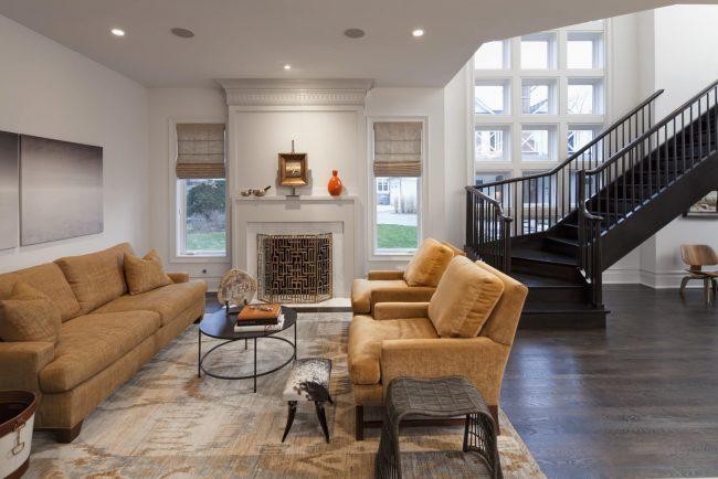 Раскладная модель дивана напружинном блоке порадует вас своей функциональностью